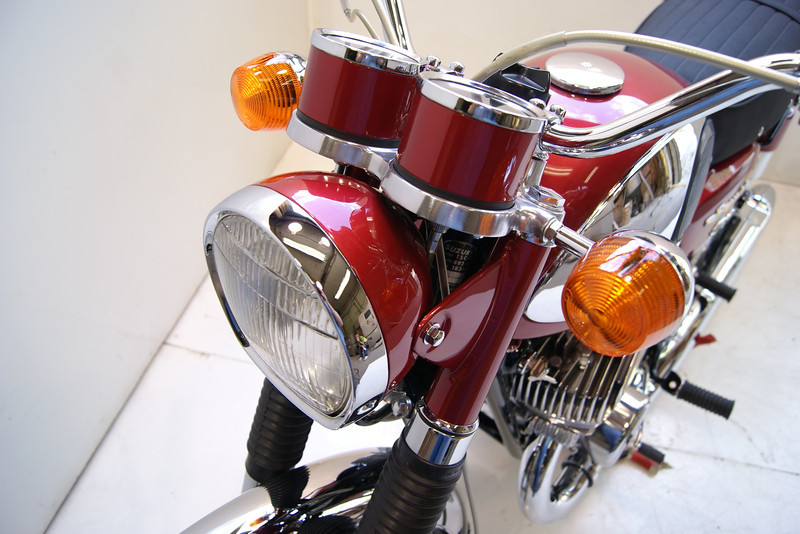 1968T500 4-10 095.JPG