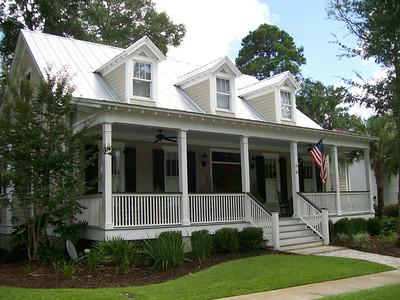 Bluff Town Cottage