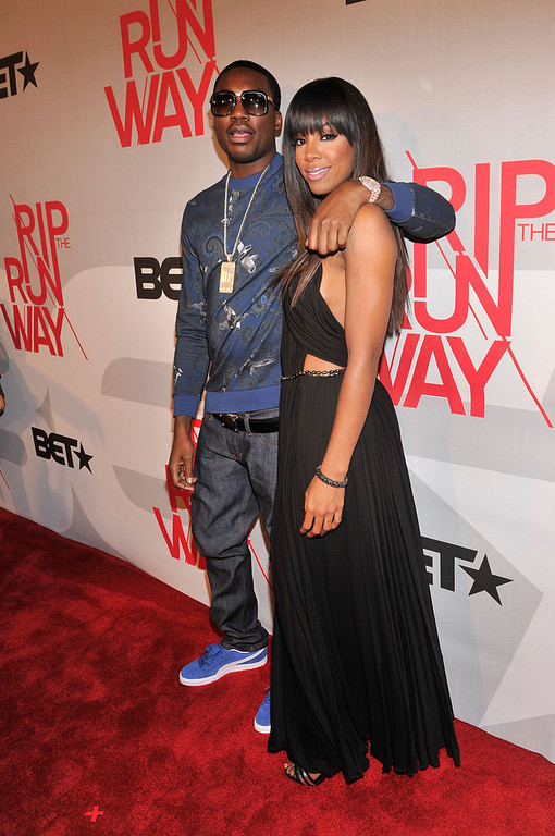 . Performer Meek Mill and host Kelly Rowland attend BET\'s Rip The Runway 2013:Red Carpet at Hammerstein Ballroom on February 27, 2013 in New York City.  (Photo by Stephen Lovekin/Getty Images for BET\'s Rip The Runway)