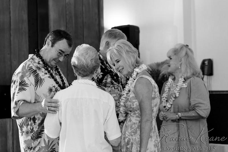 164__Hawaii_Destination_Wedding_Photographer_Ranae_Keane_www.EmotionGalleries.com__141018.jpg
