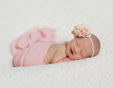 Avery S' Newborn Session