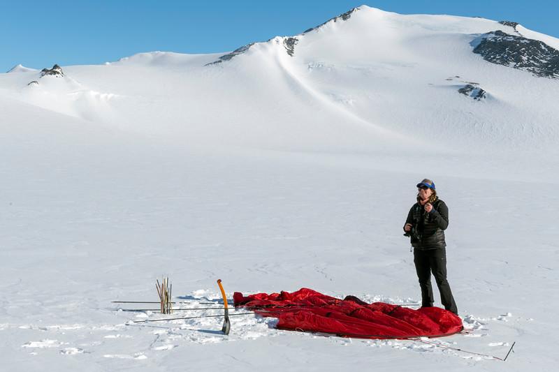 Climb Antarctica Women -1-11-18099462.jpg