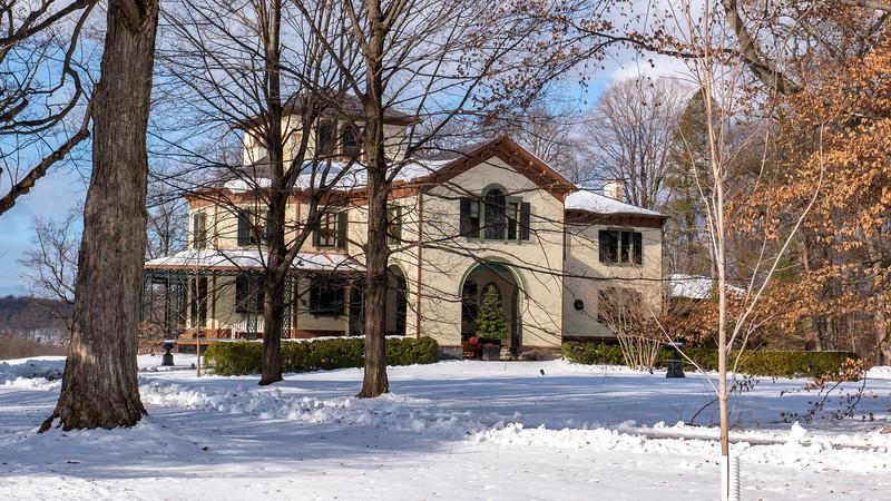 New-York-Dutchess-County-Poughkeepsie-Locust-Grove-Estate-01.jpg