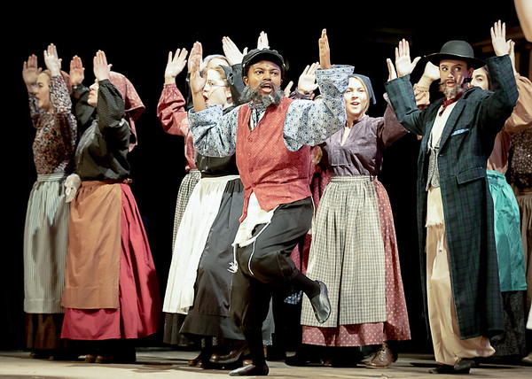 Hough Theatre Fiddler on the Roof 2019
