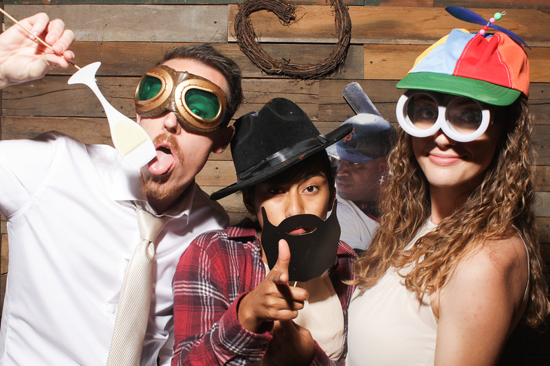 AmyAdamWeddingPhotobooth-0114.jpg