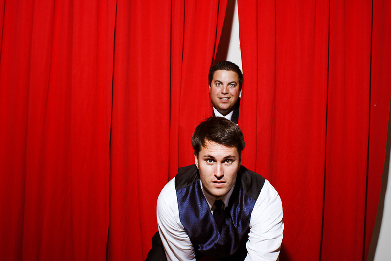 JamieMattPhotobooth-0402.jpg