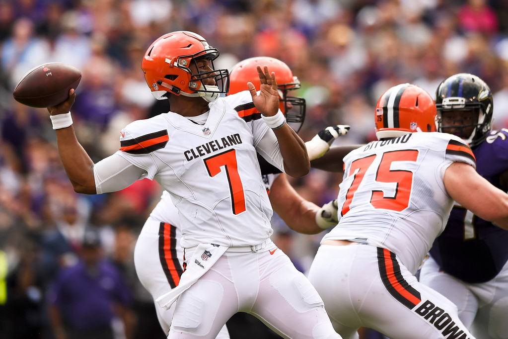 . Cleveland Browns quarterback DeShone Kizer (7) passes the ball during the first half of an NFL football game against the Baltimore Ravens in Baltimore, Sunday, Sept. 17, 2017. (AP Photo/Gail Burton)