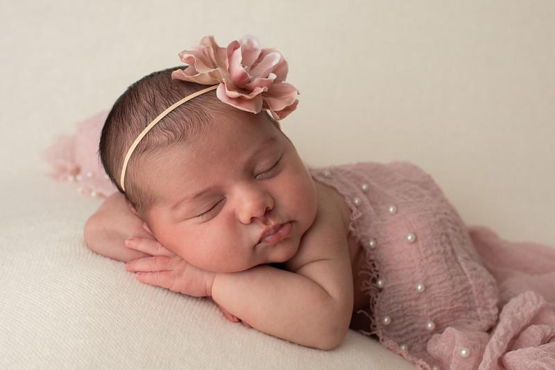 Baby Penelope-34.jpg