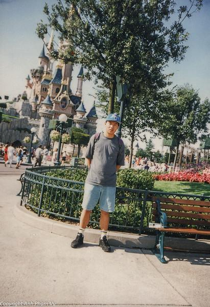 Paris 90s 044.jpg
