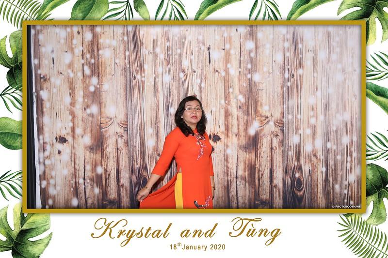 Krystal-Tung-wedding-instant-print-photo-booth-in-Ho-Chi-Minh-City-Chup-hinh-lay-lien-Tiec-cuoi-WefieBox-Photobooth-Vietnam-023.jpg