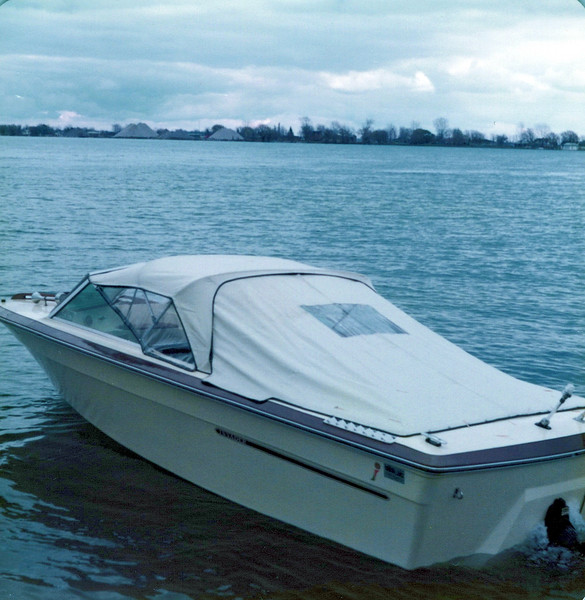 1976 Konyha boat.jpeg