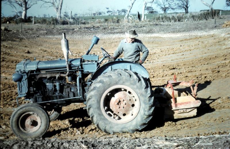 1962-7 (31) Top dam.JPG
