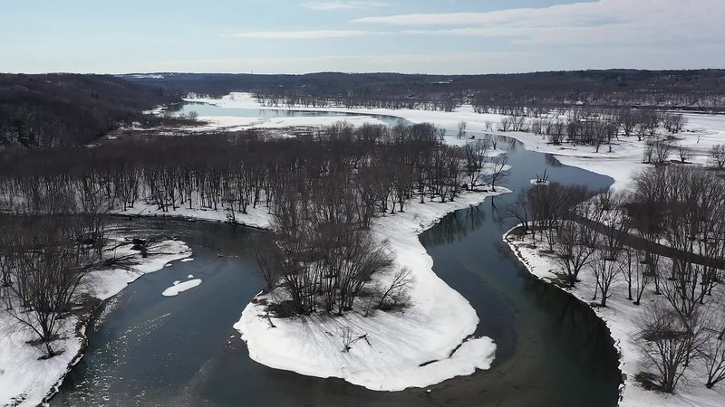 Video clip of the Apple River joining the Saint Croix River