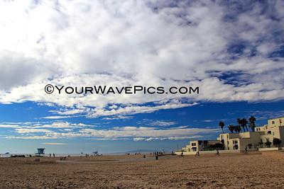 HB Pier Clouds & Low Tide 11/30/13