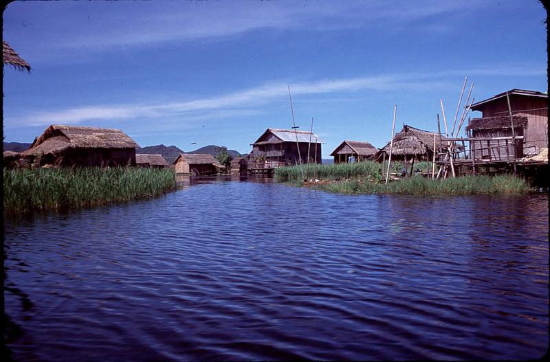 Myanmar1_120.jpg
