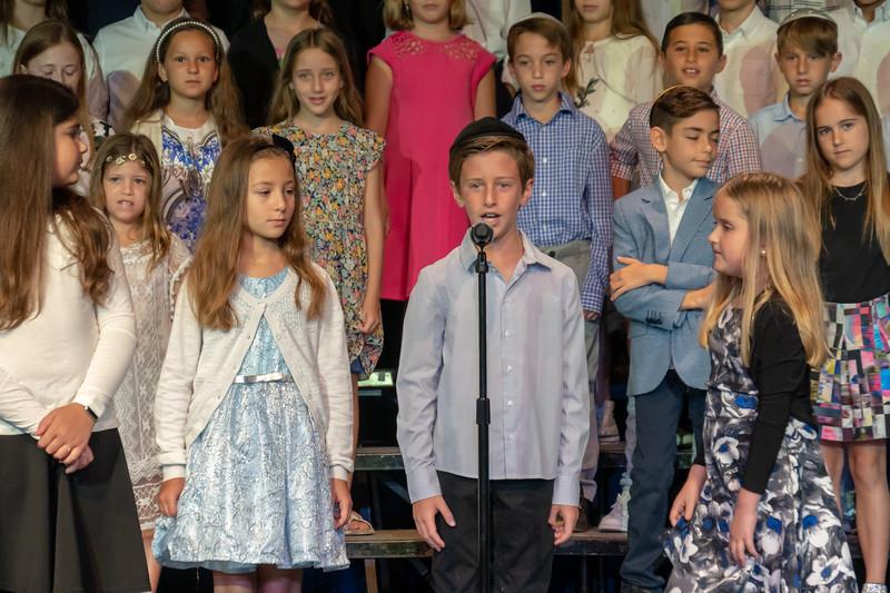 Grade 3 Generations M'Dor L'Dor Project | Scheck Hillel Community School-7.jpg