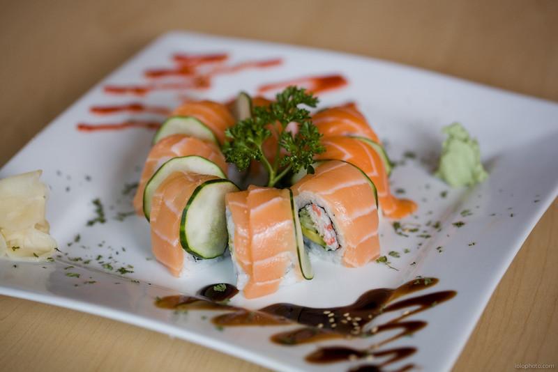 Mo Mo Sushi
