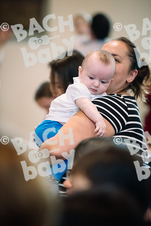 © Bach to Baby 2017_Alejandro Tamagno_RegetntsPark_2017-07-15 020.jpg