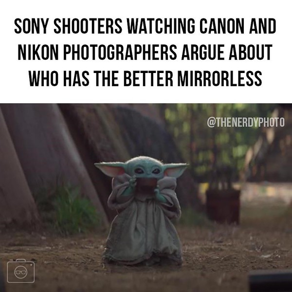 shooters-watching-canon-and-nikon-photographers-argue-about-who-has-better-mirrorless-thenerdyphoto.jpg