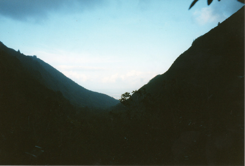 0530 - Another view of Kahalui