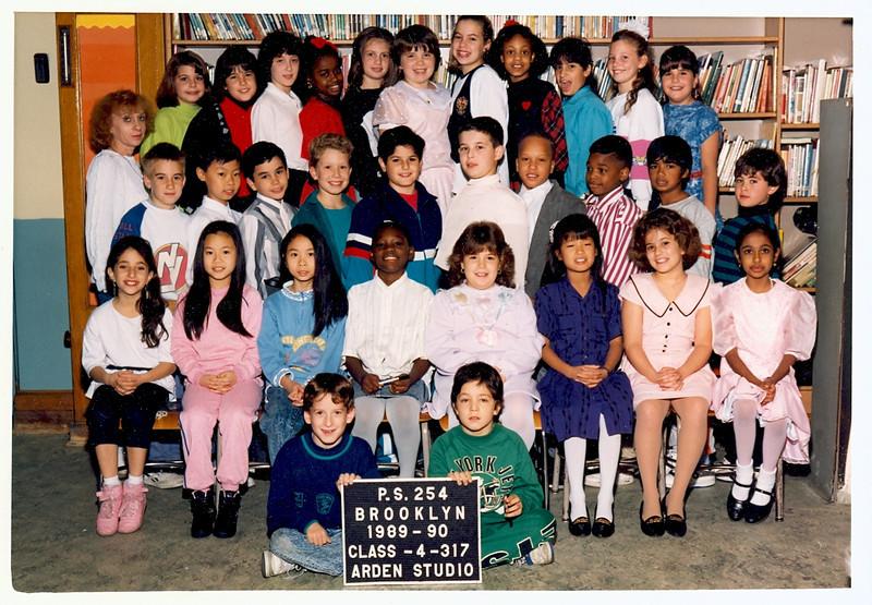 Jeff-Class Picture 4th Grade.jpg