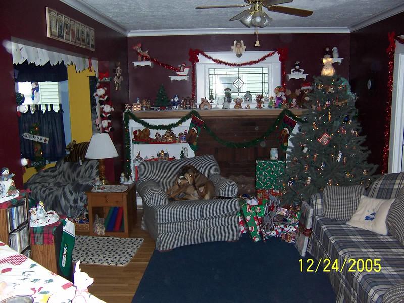 Christmas 2005(3).jpg