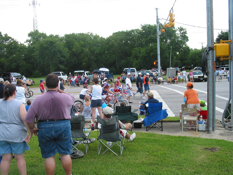 Picture_DON_70042004_Parade_010.jpg