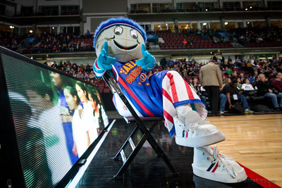 basketball mascot photography