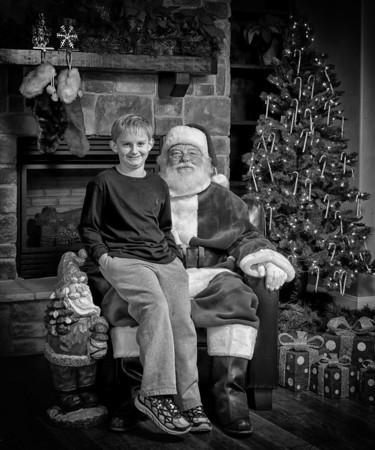 Santa bw (9).jpg