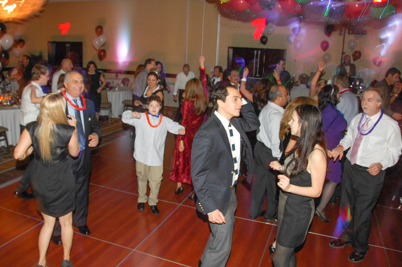 20121231 - Dancing NYE CT - 019-sm.jpg