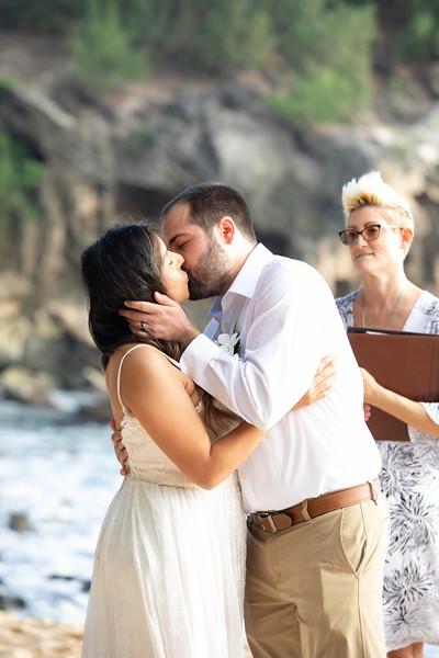 kauai wedding on shipwrecks-33.jpg