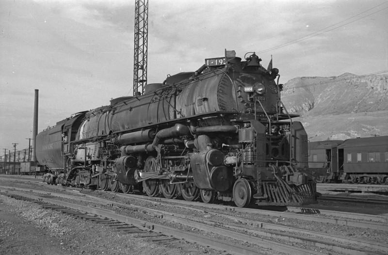 UP_4-6-6-4_3804_Salt-Lake-City_Oct-5-1947_003_Emil-Albrecht-photo-230-rescan.jpg