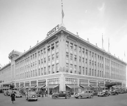 "Cohen Brother's ""Big Store"" in 1939. Courtesy of State Archives of Florida, Florida Memory, http://floridamemory.com/items/show/51293"