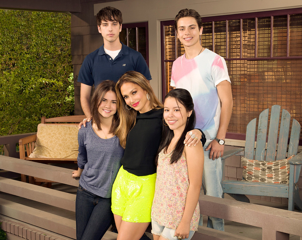". This undated image released by ABC Family shows, from row from left, Maia Mitchell, executive producer Jennifer Lopez, Cierra Ramirez, from back left, David Lambert and Jake T. Austin from ""The Fosters,\""  premiering June 3 on ABC Family. (AP Photo/ABC Family, Bob D\'Amico)"