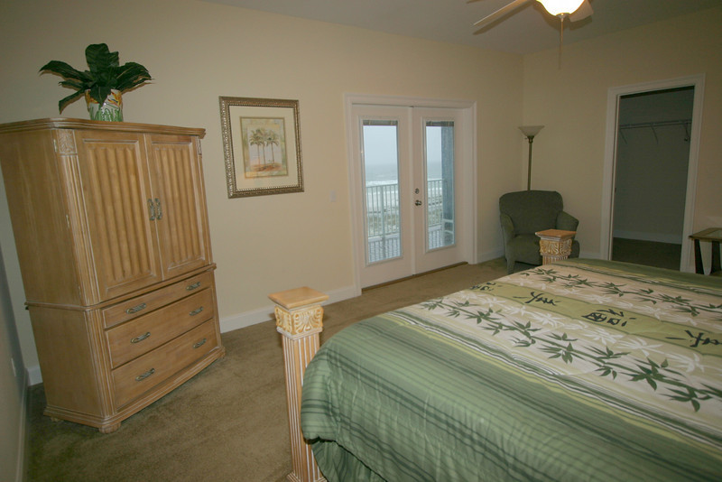 3rd floor master bedroom- gulf side