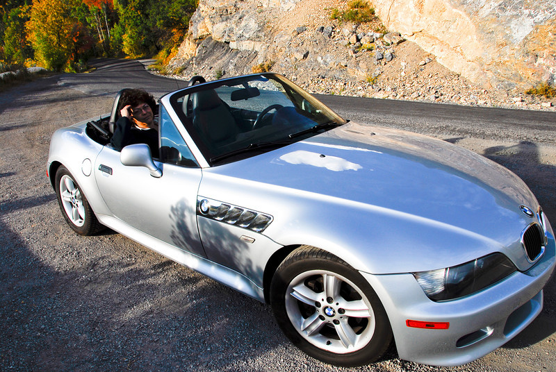2011/10/3 – This might be our last drive for the fall colors. The weather is going to change dramatically over the next few days. The reality is I just wanted to take another picture of the Z3 and this was a great spot to pull off the road and get the picture. Lisa looks good in the car. Now if I could just get her to drive it.