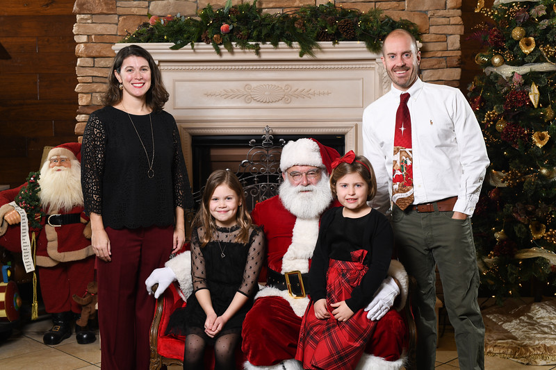 Santa2018.TylerBoye.-135.jpg