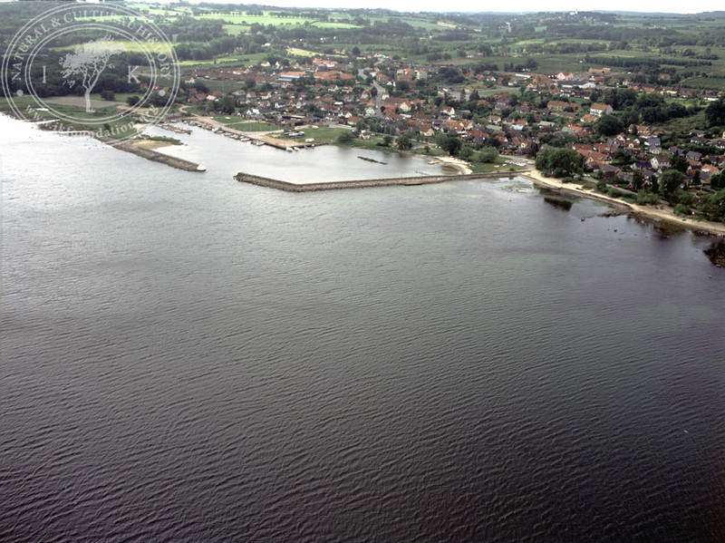 Kivik and Kivik harbour (1991) | PH.0142