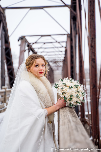 wedding-winter-wisconsin-adam-smith-photography-14.jpg