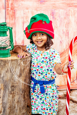 Neha & Norah Christmas shoot 2019