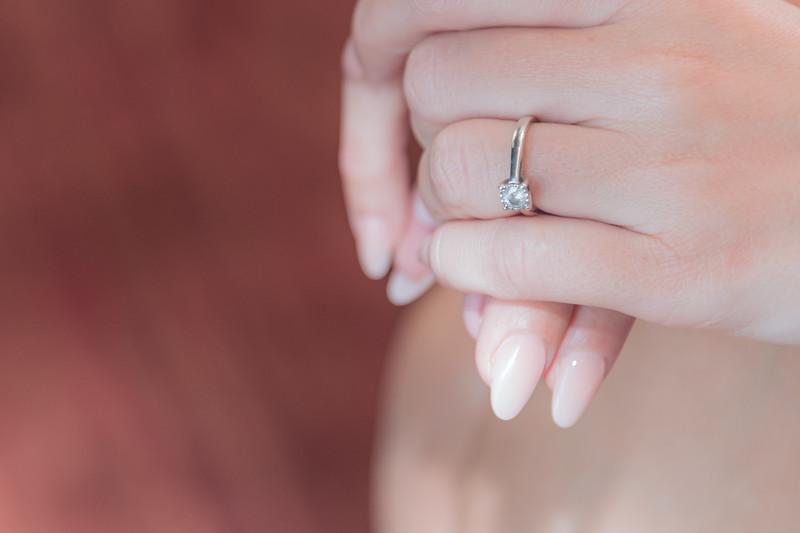 01 Bridal Prep-56.jpg
