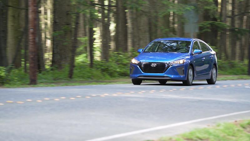 2017 Hyundai Ioniq Hybrid Driving Reel