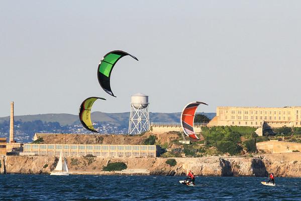 Kites & Windsurfers