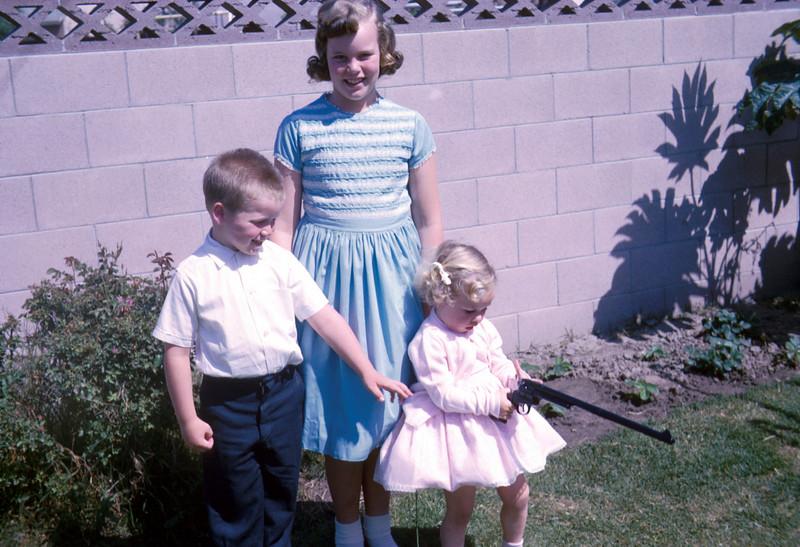 0513 - Jeannette, Todd, Linda (6-64).jpg