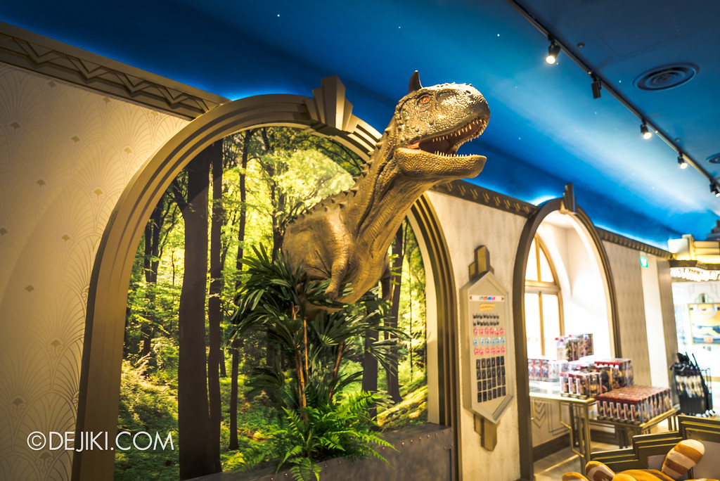 Universal Studios Singapore Park Update - Jurassic World Explore and Roar event - Jurassic World park decor / Silver Screen store window inside