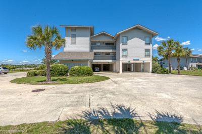 126 Inlet Point Dr