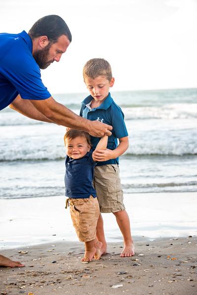 Family beach photos-125.jpg