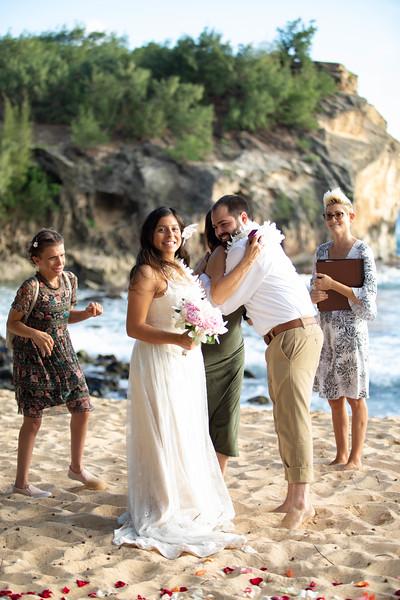 kauai wedding on shipwrecks-34.jpg