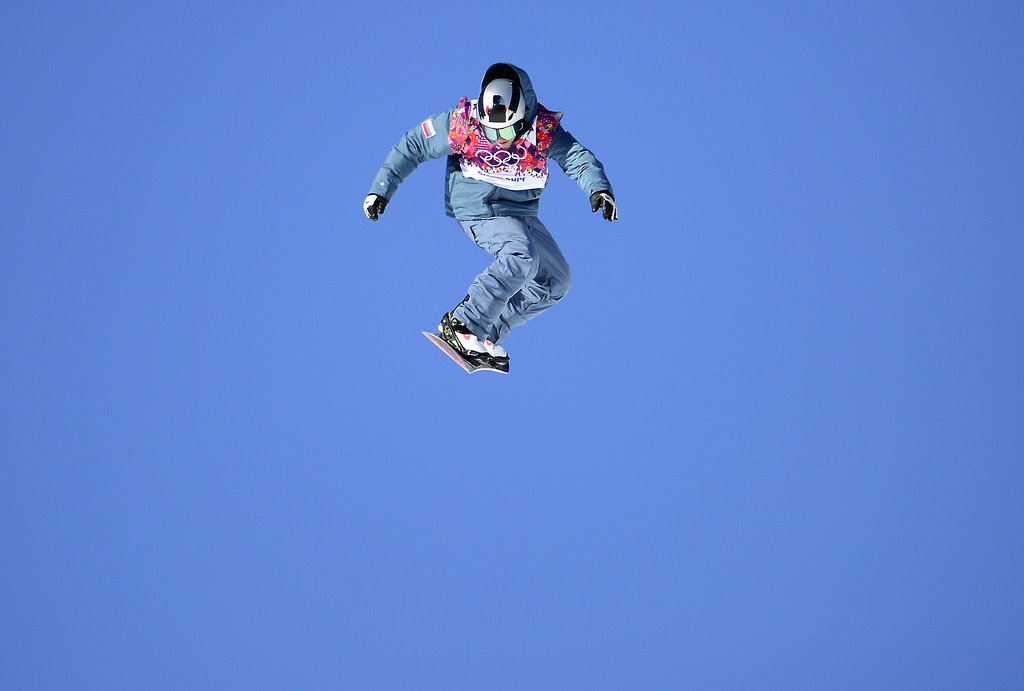 . Russia\'s Alexey Sobolev competes in the Men\'s Snowboard Slopestyle qualification at the Rosa Khutor Extreme Park during the Sochi Winter Olympics on February 6, 2014. AFP PHOTO / JAVIER SORIANO/AFP/Getty Images