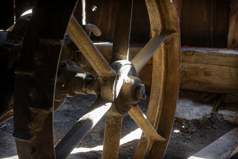 Barn Wheel '16-0825.jpg